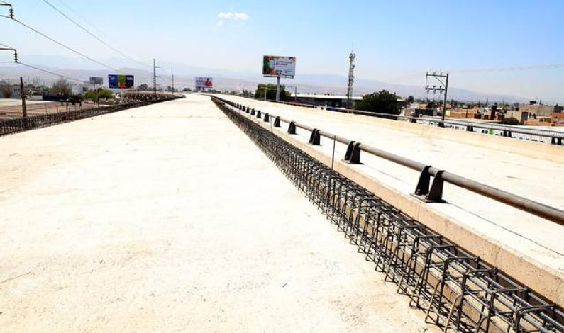 Terminarán a tiempo puentes Pémex y Rocha Cordero