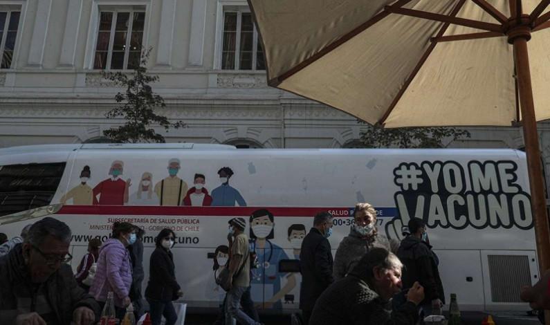 Chile implementa 'pase de movilidad' para que vacunados salgan a la calle