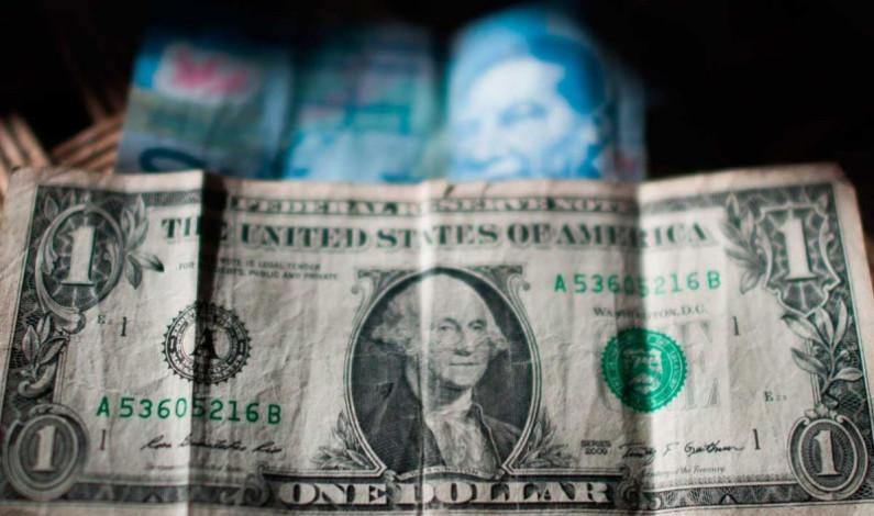 El dólar se mantiene por debajo de los 20 pesos