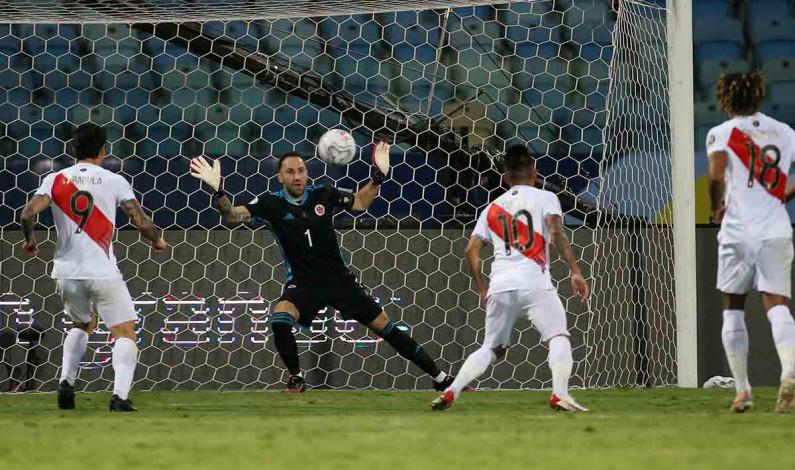 Perú se toma su revancha ante Colombia