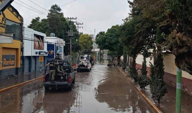 Por crecida de río, desalojan a familias en Tula, Hidalgo